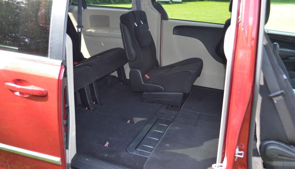 caravan-interior-right